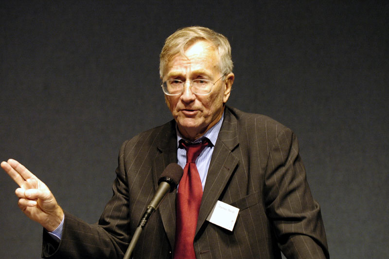 Seymour Hersh: will not be collecting the award for his flawed article